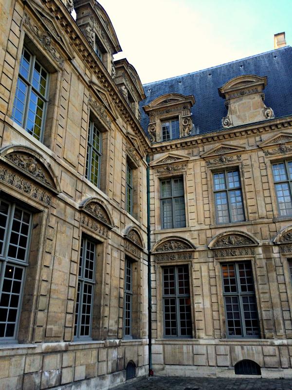 7 dicas de passeios culturais e gastronômicos pelo bairro Marais em Paris